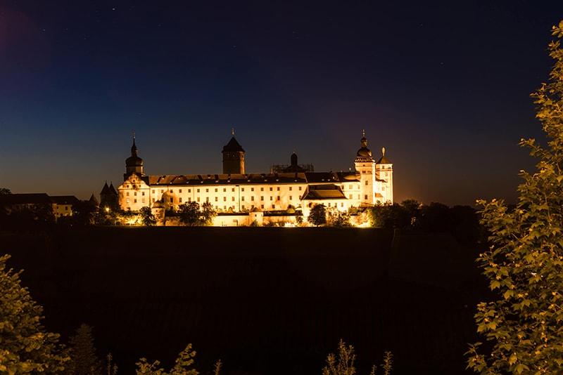 Nachtaufnahme von Würzburg