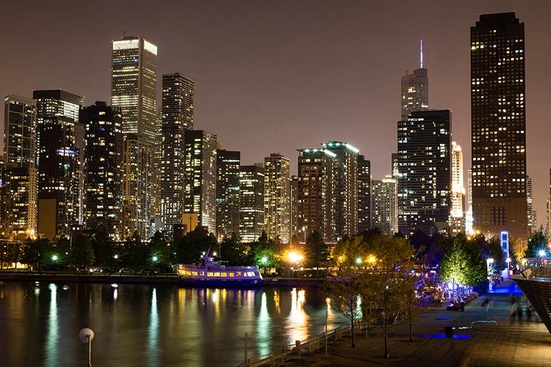 Nachtaufnahme von Chicago
