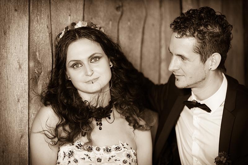 Verträumtes Hochzeitsportrait von Braut un Bräutigam
