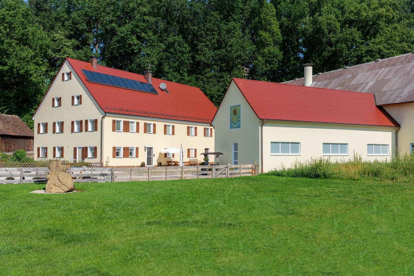 Immobilienfoto mit Außenanlage
