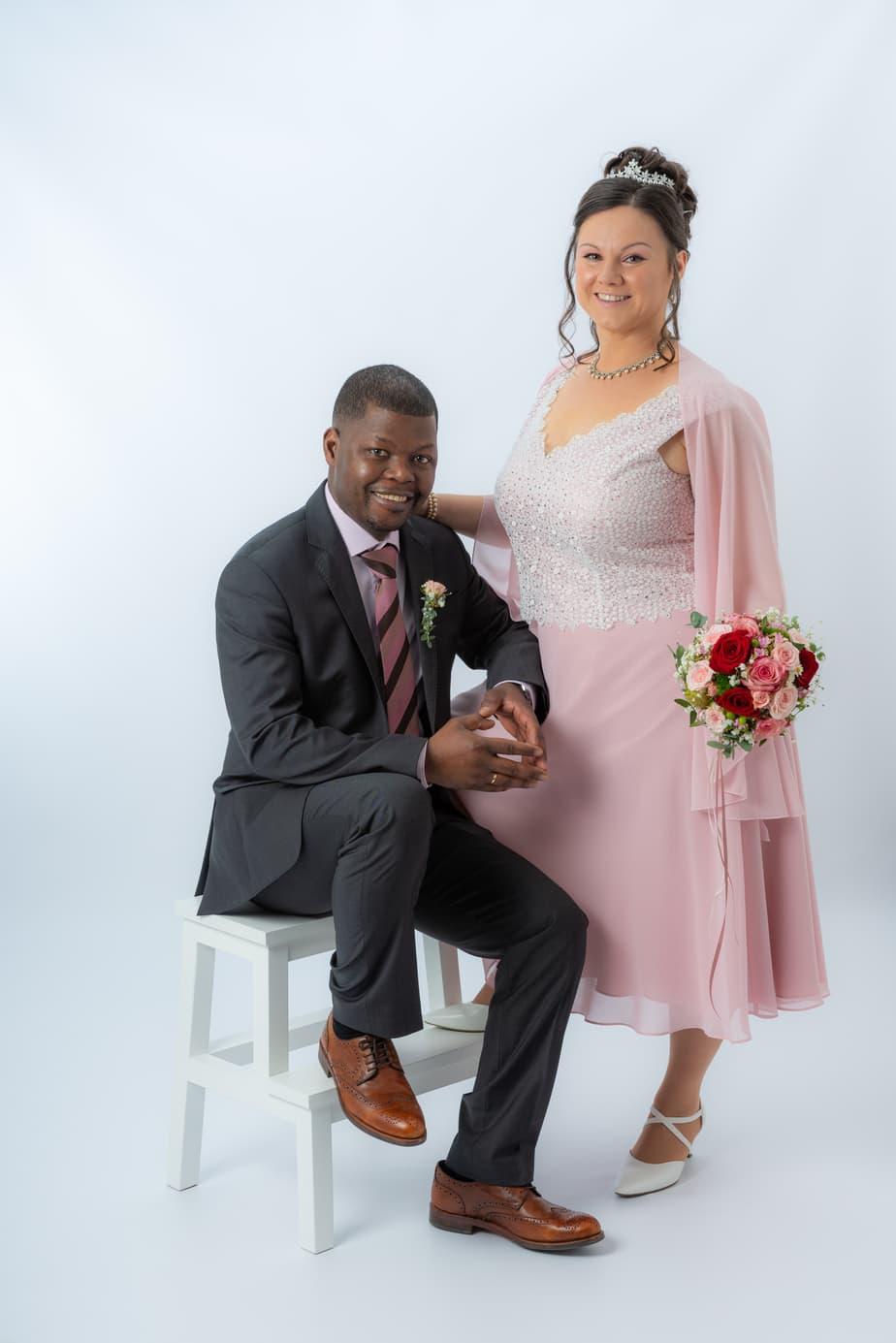Hochzeitsbild im Studio zur standesamtlichen Trauung