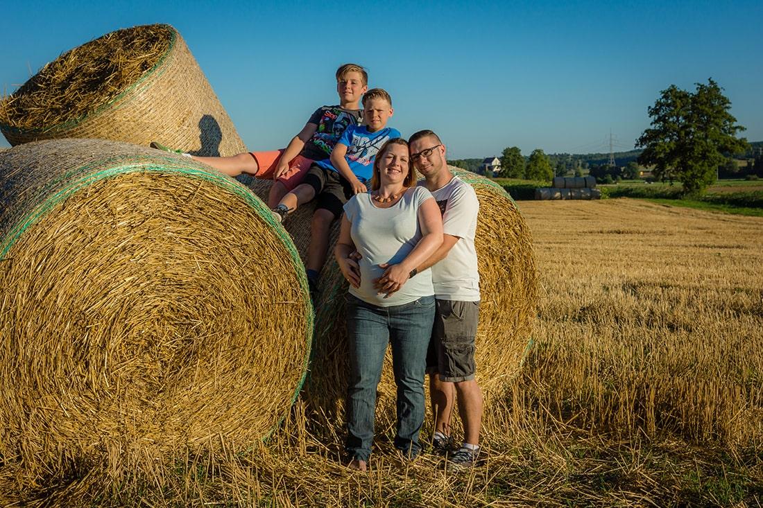Schwangerscahftsfotos mit der Familie